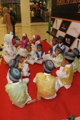 Berdo'a sebelum Tampil di acara Milad Abuya di Mall GTC